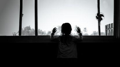 Studiu: Circa 1,5 milioane de copii din întreaga lume și-au pierdut cel puțin un părinte din cauza pandemiei de COVID-19