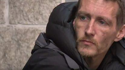 Doi bărbați fără adăpost, oameni ai străzii, sunt considerați acum eroi în Marea Britanie, după ce au reușit să ajute mai multe persoane rănite în atacul din Manchester.