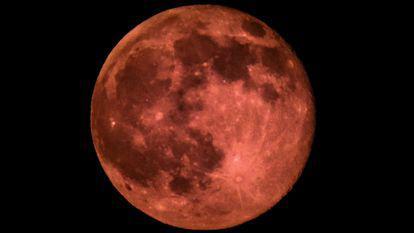 Luna Trandafirului - care sunt zodiile afectate de luna plină din Săgetător