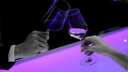 pahare cu vin