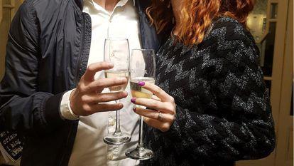 Exclusiv! Un român creativ a făcut o cerere în căsătorie neobişnuită!