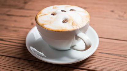 Ceașcă de cafea cu frișcă