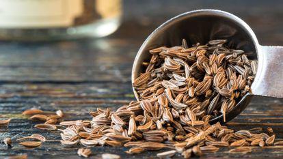 Semințe de chimen vărsate