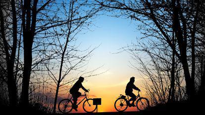 5 idei faine de trasee prin București pentru plimbare cu bicicleta sau cu rolele
