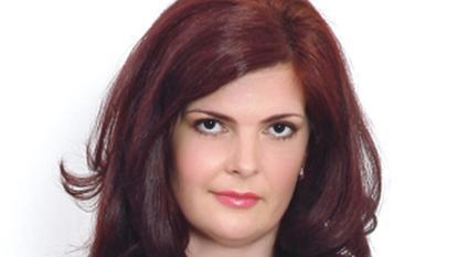 """Laura Buluc a castigat concursul """"Garderoba de 1000 lei"""""""