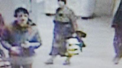 După ce o altă femeie a fost atacată, astăzi, la metrou, agresoarea a fost prinsă la stația Pipera