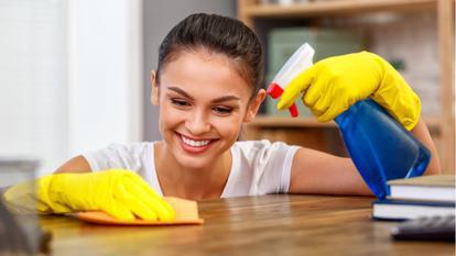 Ce riști atunci când folosești produse de curățenie cu un miros puternic