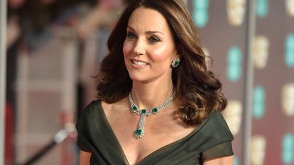 De ce nu a purtat Kate Middleton o ținută neagră la Bafta 2018