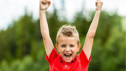 Cum îți poți ajuta copilul să aibă mai multă încredere în el