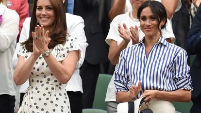 de ce Meghan Markle și-a ținut pălăria în mână în timpul competiției de la Wimbledon