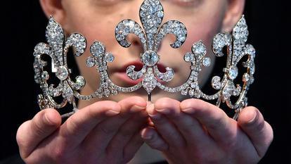 Sotheby's unveil Queen Marie Antoinette jewels, London, UK - 19 October 2018