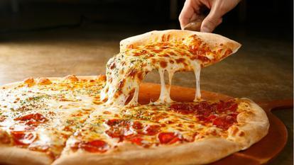 pizza medie sau mare