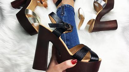 (P) Cum sa porti sandalele cu toc fara durere