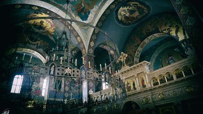 Biserici din București cu moaște și icoane făcătoare de minuni (II)