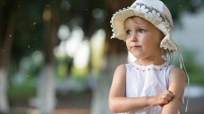 Cum ne protejăm copiii de mușcăturile de țânțari