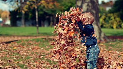 Cum să-ți ajuți copilul să fie fericit cu tot ceea ce trăiește