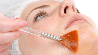 Retinolul: beneficii, reacții adverse și recomandări ale medicului dermatolog