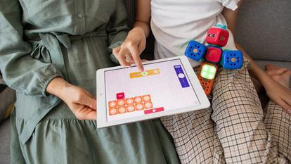 (P) Cum să folosești gadgeturile în educația copilului