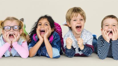 Copiii vor primi bani de la stat. Cine poate avea acces la suma de 500 de euro