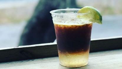 espresso tonic o noua bautura pe baza de cafea si apa tonica