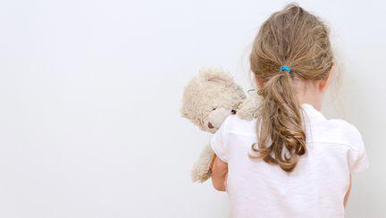 Neglijarea – cea mai frecventă formă de violenţă la adresa copilului
