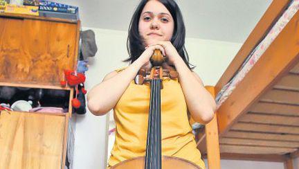 Un violoncel nou pentru un talent uriaş