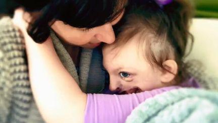 A aflat ca cineva folosea poza copilului ei pentru a promova avorturile