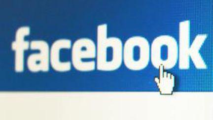 Cum îţi gestionezi viaţa profesională pe Facebook