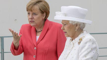 angela merkel si regina angliei elizabeta II cele mai puternice femei influenceri din lume