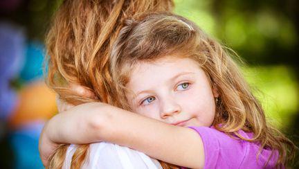 Îi transmiţi copilului stresul tău?