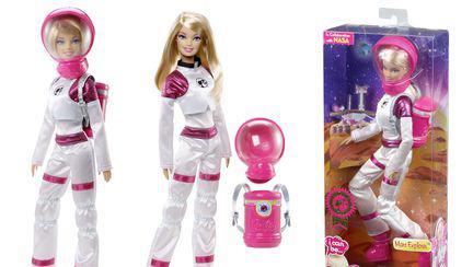 Păpuşa Barbie ajunge pe Marte