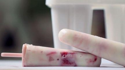 Cum să faci înghețată pe băț sănătoasă, fără forme speciale