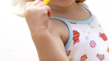 Tartrul și cariile dentare la copii
