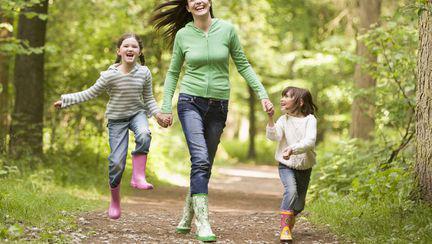 Cum să-ți înveți copilul să protejeze mediul