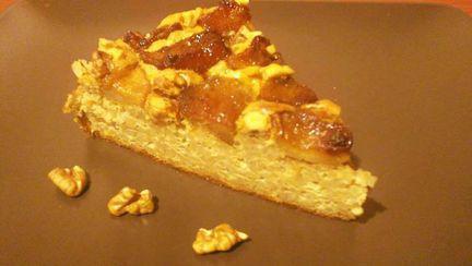 Desert simplu și delicios: Tort de mere cu blat de orez cu lapte
