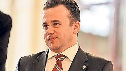 Mesajul unei invatatoare din Bucuresti pentru Ministrul Liviu Pop