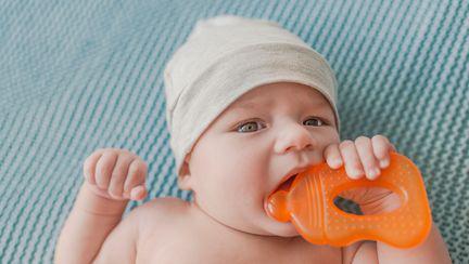 Avertizarea unei mamici, legata de gelul pentru gingiile bebelusului