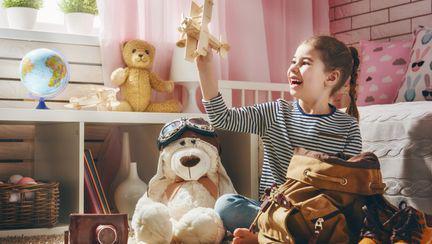 (P) 5 idei de jucării deosebite pe care fetița ta le va îndrăgi