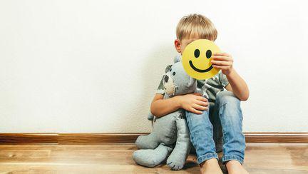 """Pericolele carantinei. Medic: """"În izolare, stresul emoțional pentru copii este mult mai puternic"""""""