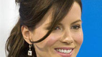 Strălucire à la Kate Beckinsale