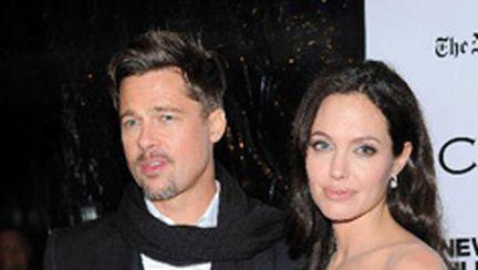 Angelina vrea să se mărite cu Brad!
