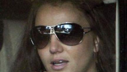 Britney Spears în accident cu paparazzi