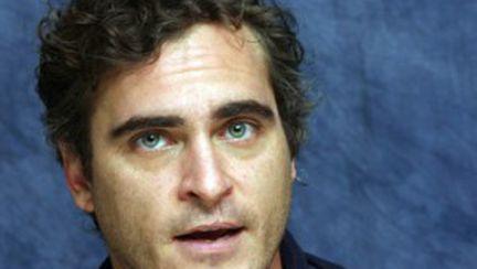 Joaquin Phoenix renunţă la actorie (video)