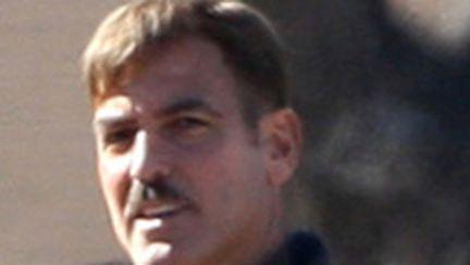 George Clooney are, mai nou, mustaţă