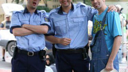 Măruţă şi Moga jr. se joacă de-a poliţiştii