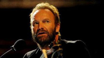 Sting va concerta cu casa închisă