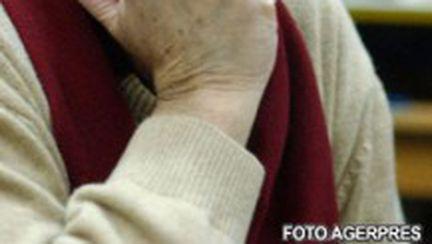 Ipocrizia salvează România