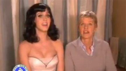 Ellen DeGeneres şi Katty Perry au sărutat o fată (video)