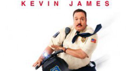 """""""Paul, mare poliţist la mall"""" (video)"""