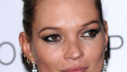Kate Moss, primul supermodel care va scrie o carte de bucate